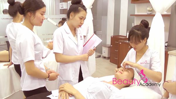 học massage chuyên nghiệp