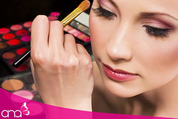 học makeup chuyên nghiệp ở đâu