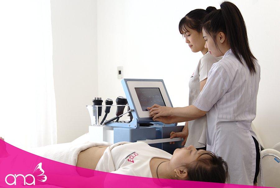 Trang thiết bị là yếu tố đánh giá chất lượng của trung tâm dạy nghề spa