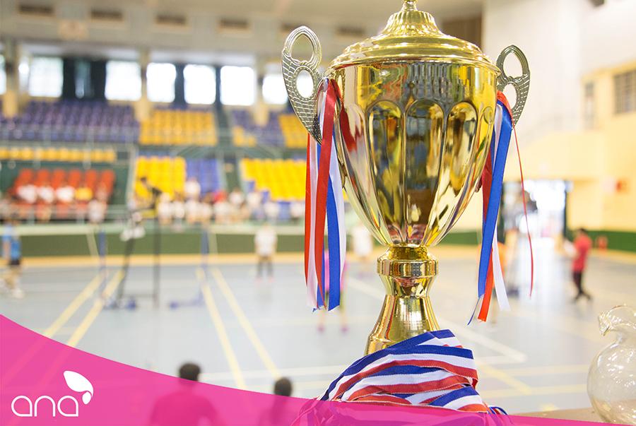 Cúp vàng cho nhà vô địch tại Hội thao lần 1 Trường Đào Tạo Ana