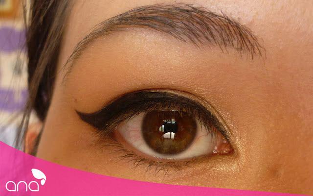 Cach-ve-eyeliner-tu-nhien